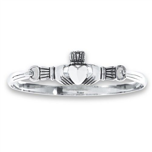 Welman Bracelet: Sterling Bangle Claddagh