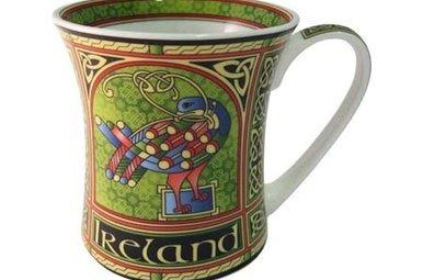Mug: Celtic Peacock