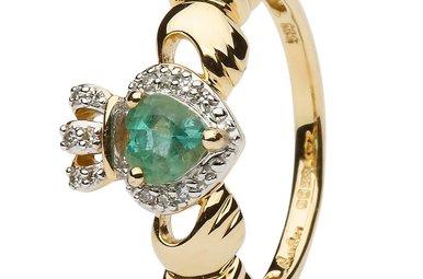 Ring: 14k Gold Claddagh Emerald & Diamond