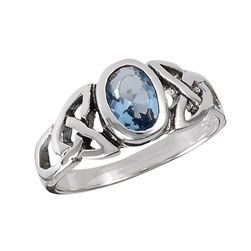 Ring: Blue Topaz, Oval, Trinity, SS