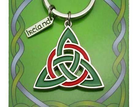 Clara Keychain: Trinity Knot