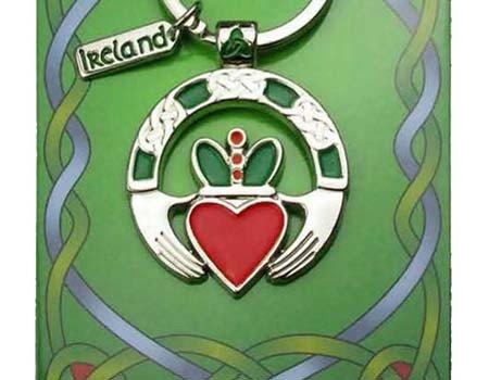 Clara Keychain: Claddagh Ring