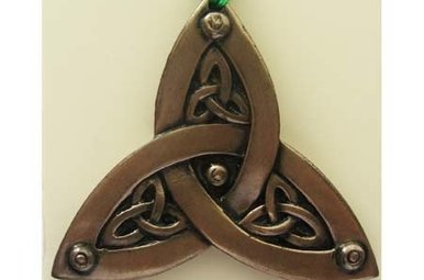 Ornament: Trinity Knot