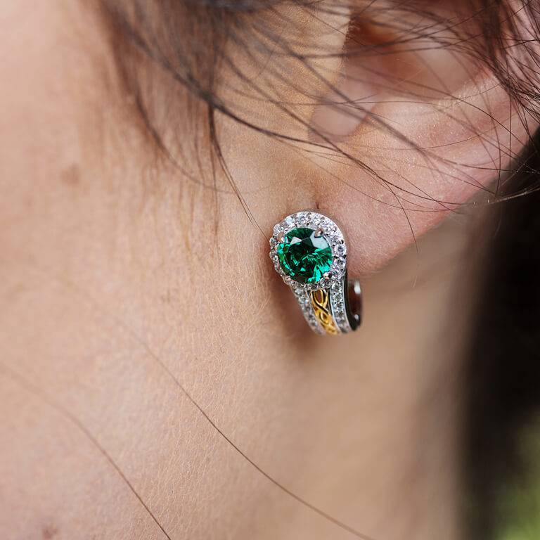 Earring: SS Round Halo Green CZ