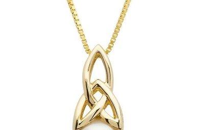 Pendant: 10k Gold Pearl Trinity