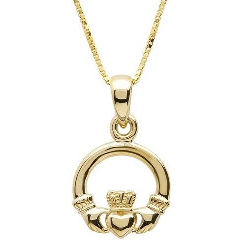Shanore Pendant: 10k Gold Claddagh W/Chain