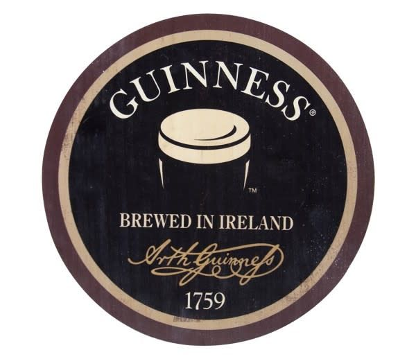 Guinness:Distressed Pint Wood Bottle Top