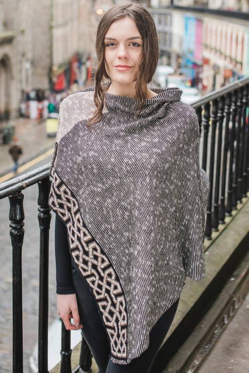 Cape: Silk and Linen Ballater Ivory