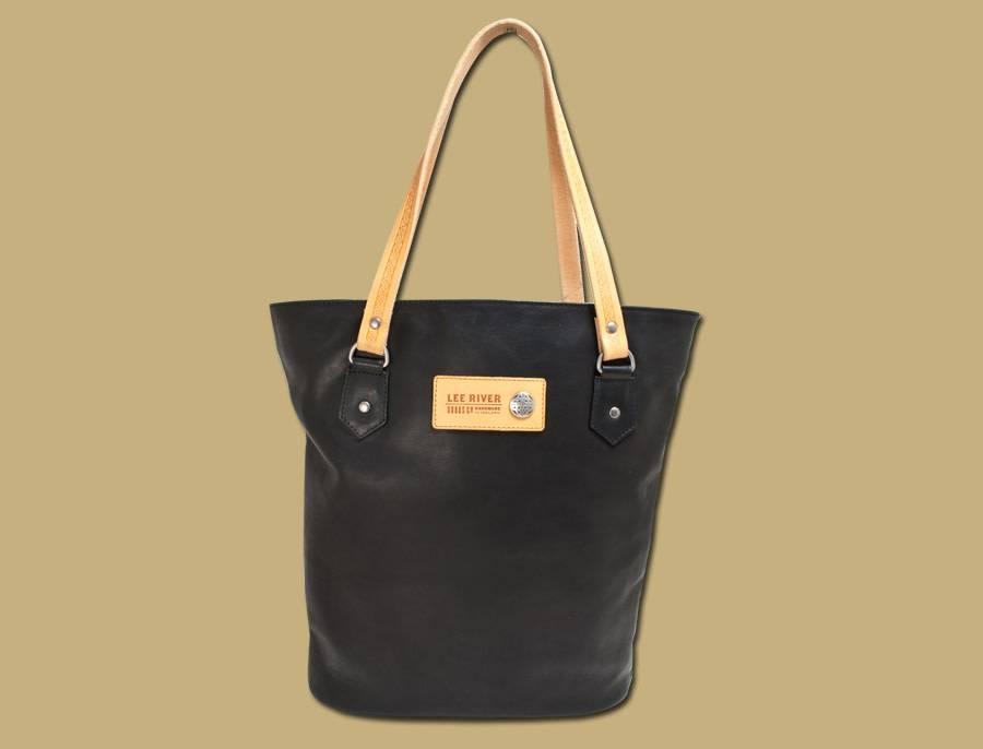 Bag: Black Leather Tote