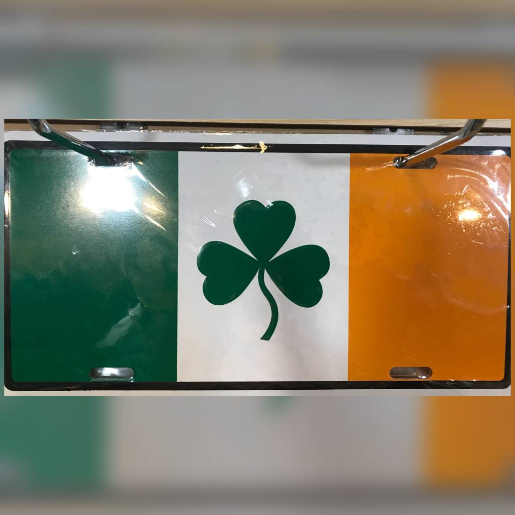 License Plate: Irish Flat/Shamrock