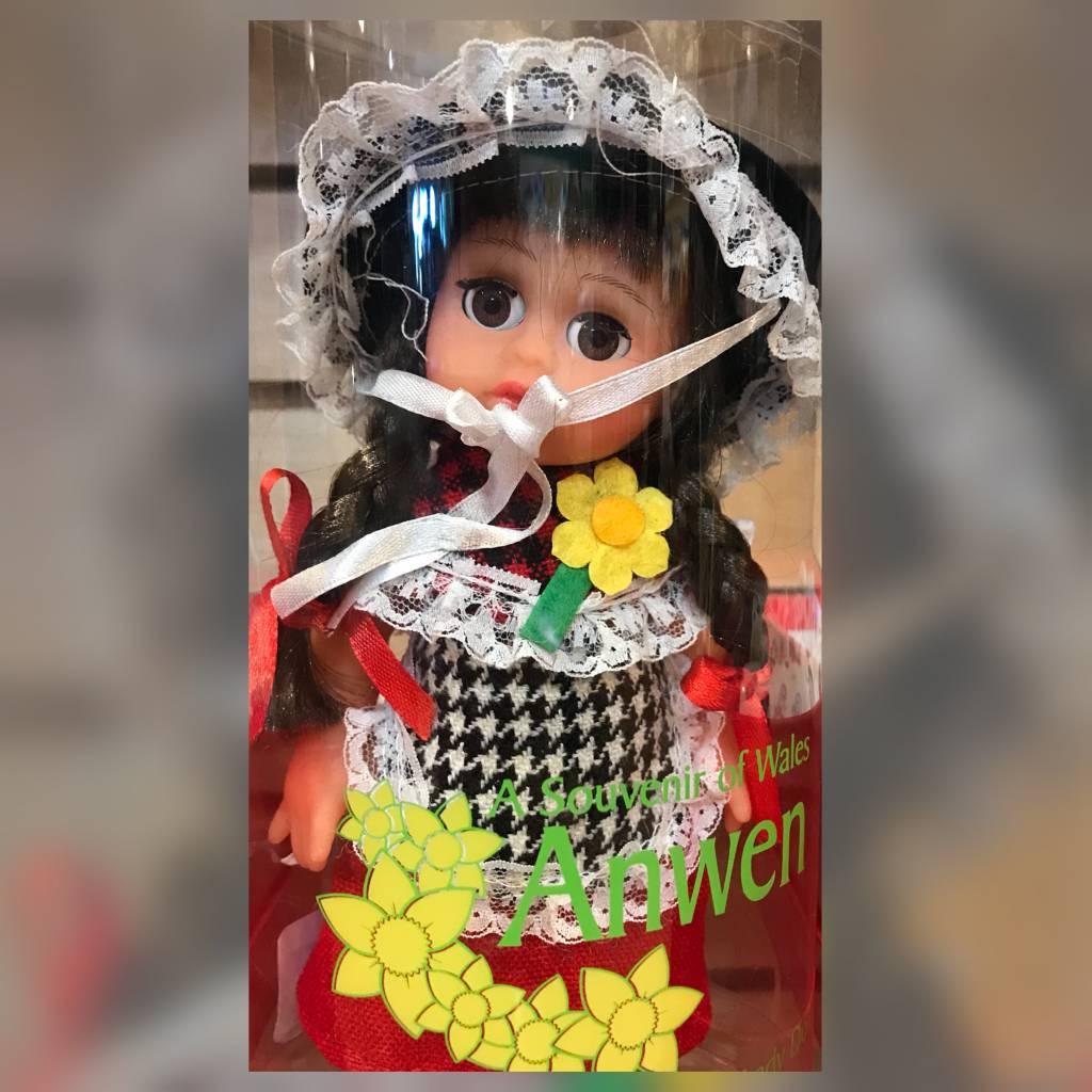 Doll: Welsh Anwen, 8 in
