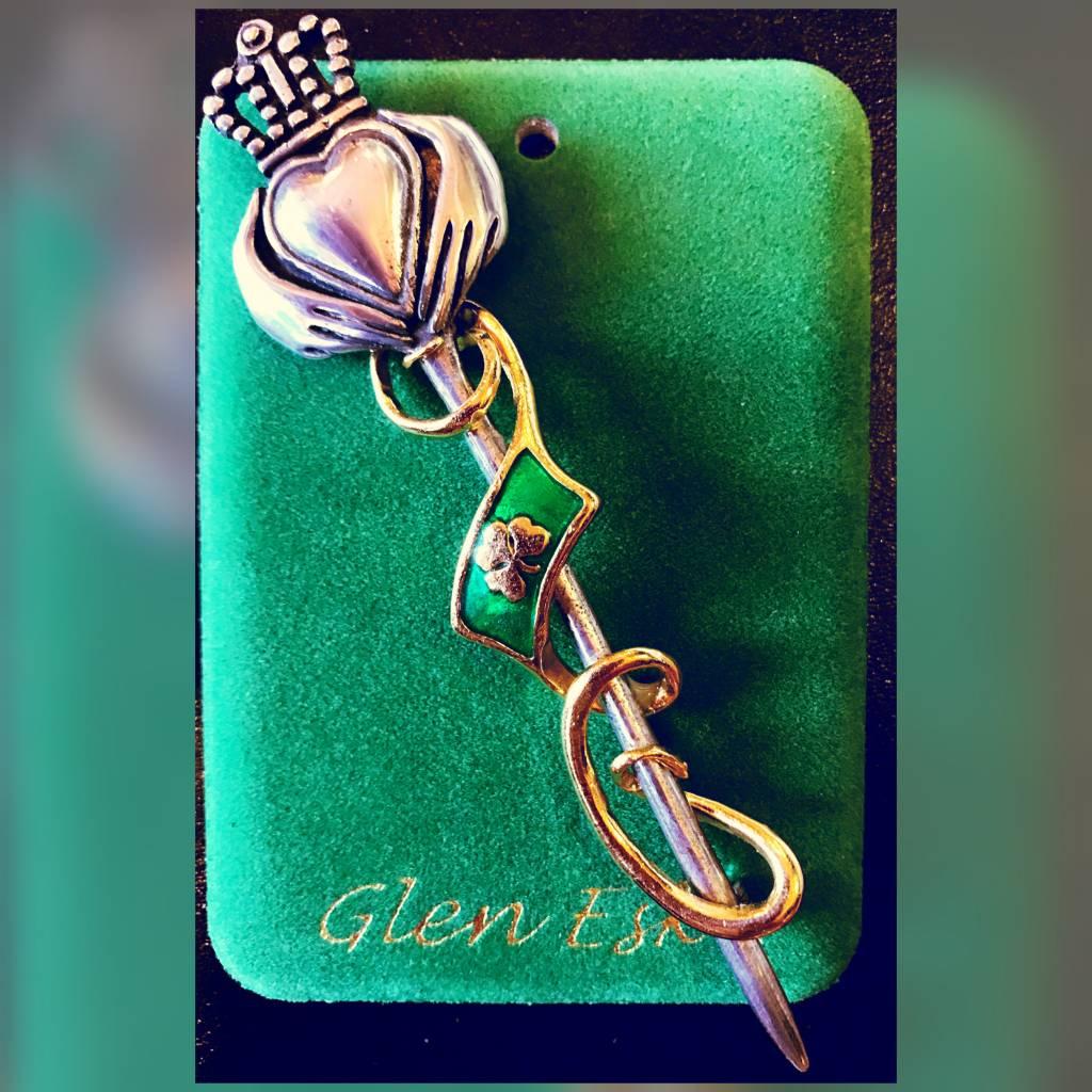 Kilt Pin: Claddagh Shamrock