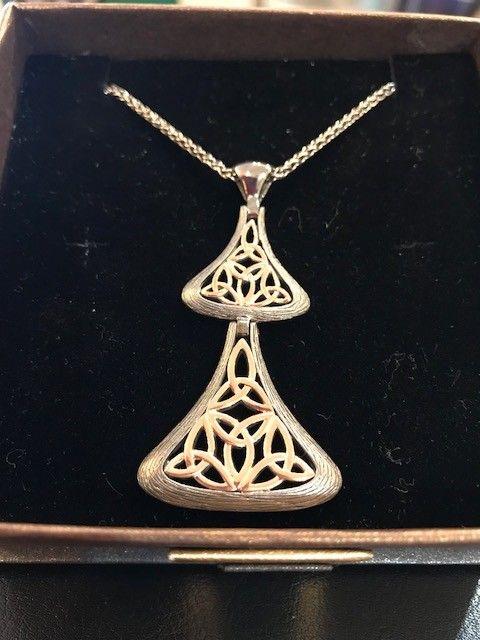 Pendant: Rhutanium 10k Rose Gold Dbl Trinity