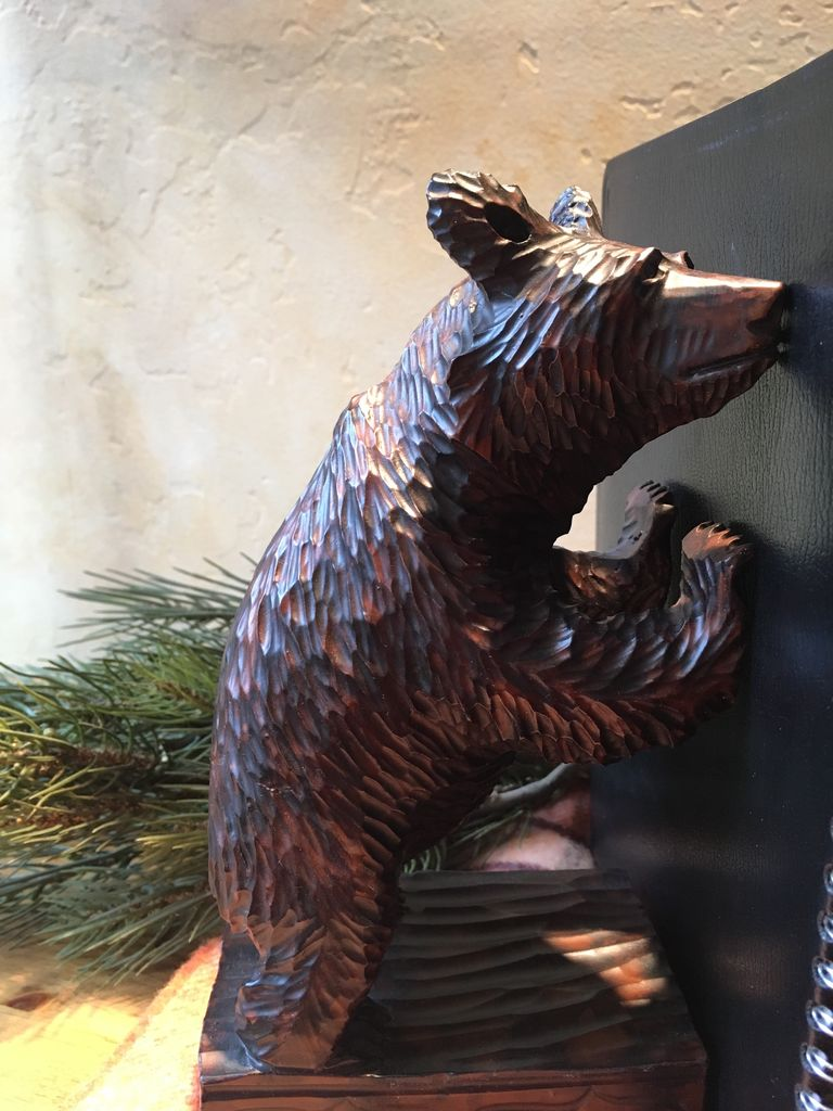 OKC BEAR BOOKENDS