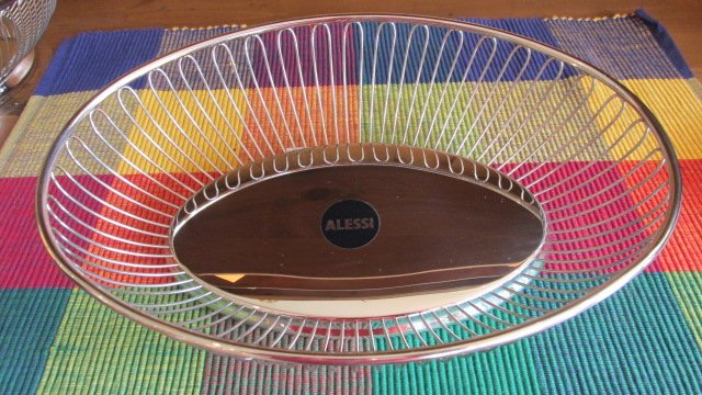 ALE OVAL WIRE BASKET