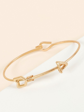 Avenue Zoe Arrow Thin Bracelet