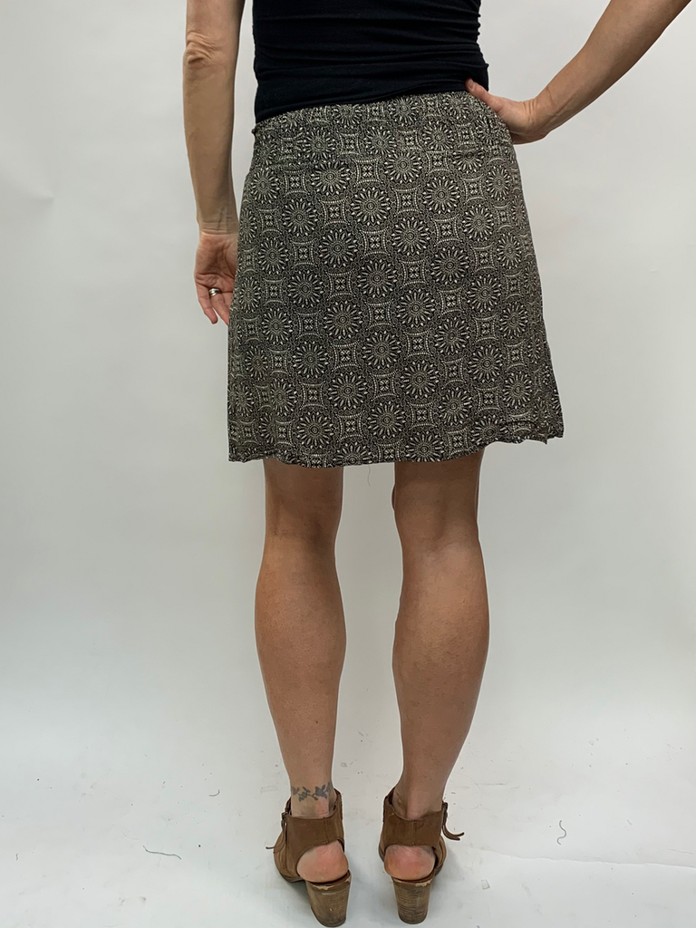 Zahara 3 Button Skirt, Eclipse