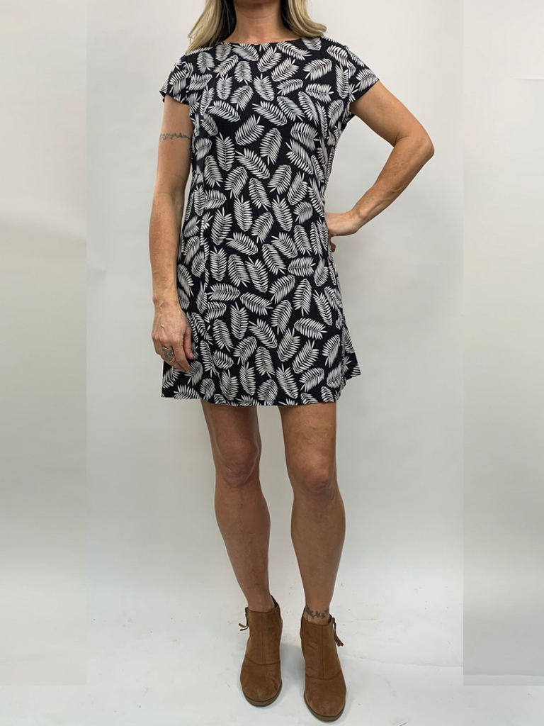 Zahara Getaway Dress, Black Palms