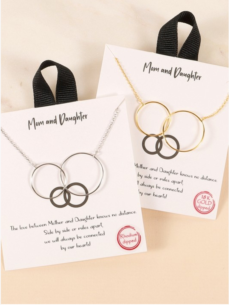 Avenue Zoe Mom and Daughter Circle Necklace
