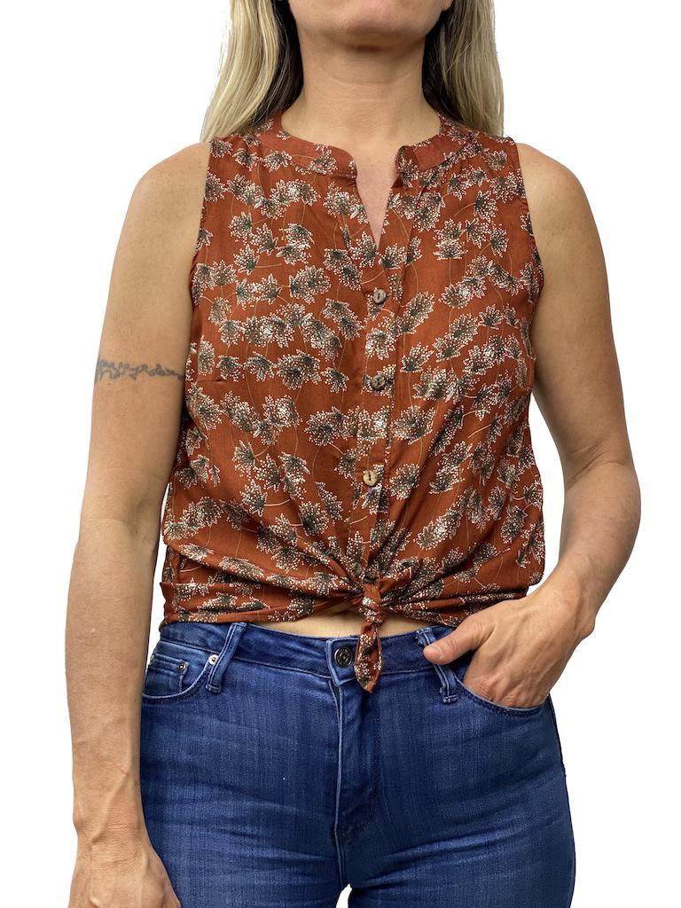Zahara Breezy Peasy Button Top, Spider Lily