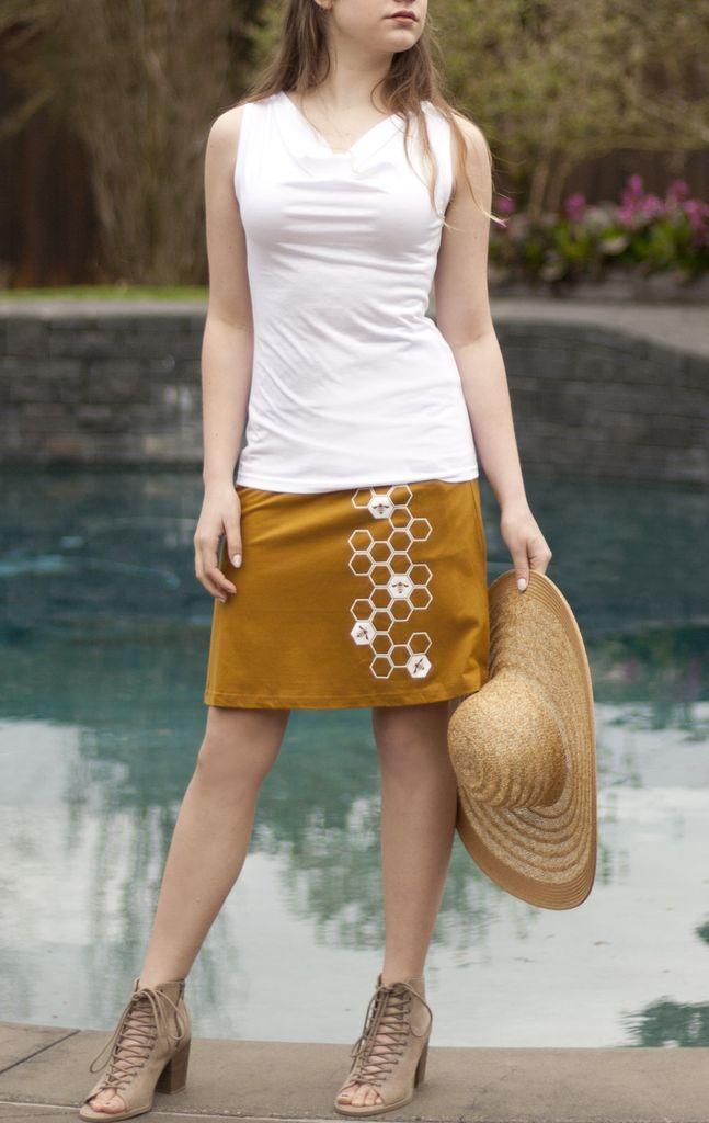 Elevation Trade Elevation Bee Pocket Skirt