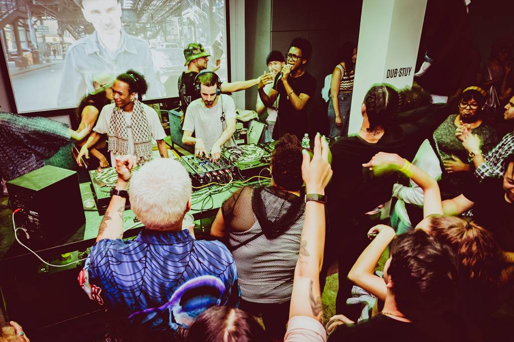 Mad Ting Launch Party with Earthtone and Dub-Stuy Sound