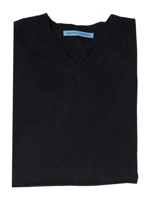 Seize sur Vingt Black Cashmere V-neck