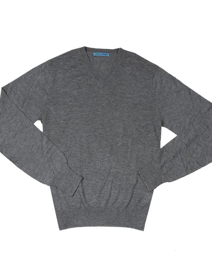 Seize sur Vingt Light Weight Cashmere Sweater - Grey