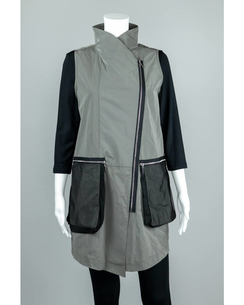 Comfy USA Carrie Vest With Zipper Front