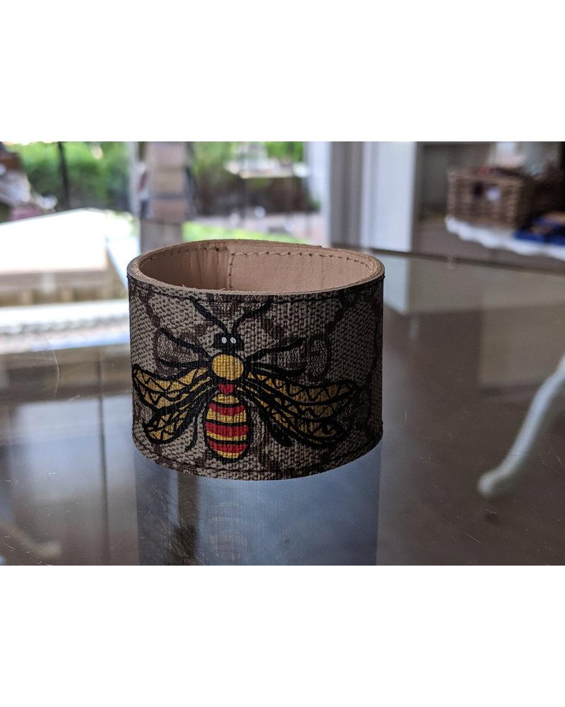 Suzy T Grey Gucci Bee Snap Bracelet