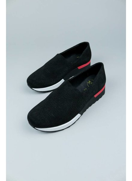 Gloria Slip On Sneaker