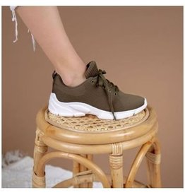 The Makala Lace Up Sneaker