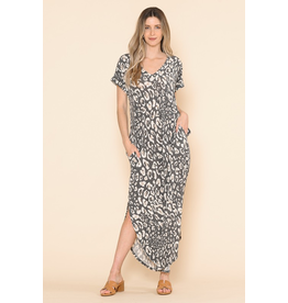 Sarah Pocketed Leopard Print Maxi Dress