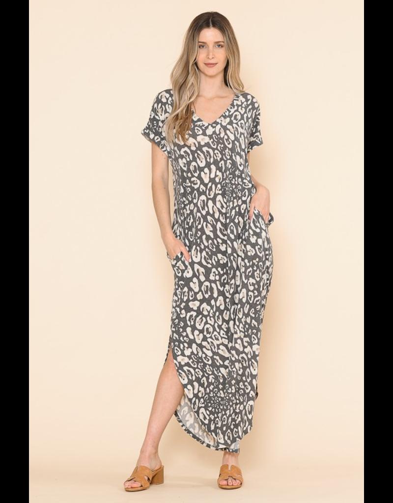 Sarah Pocketed Leopard Print Maxi Dress