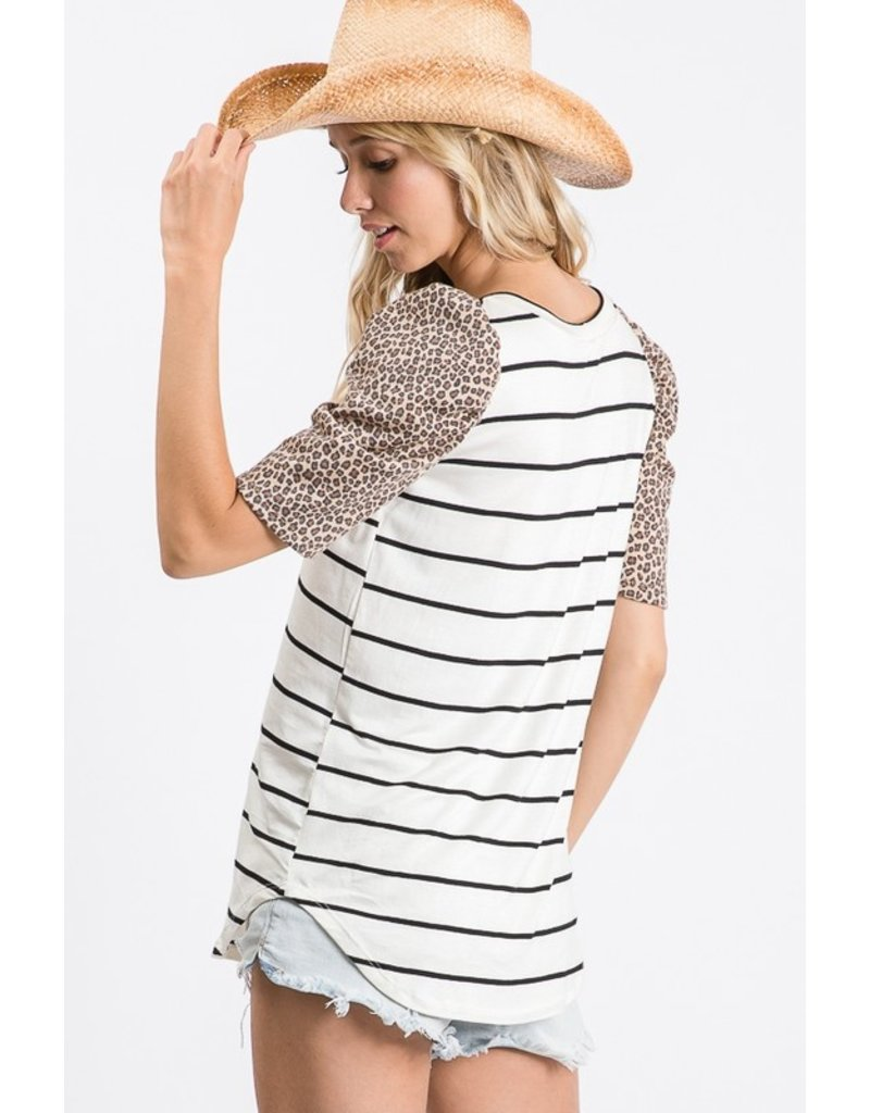 Beyond Words Puff Sleeve Top