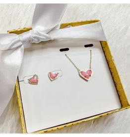 Kendra Scott Kendra Scott Gift Set - Ari Heart Necklace & Stud Earrings