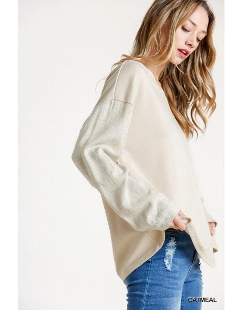 The One Kiss Linen Sleeve Sweatshirt