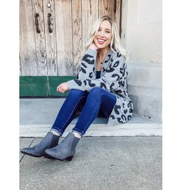 The Roxanne Pocketed Leopard Cardigan