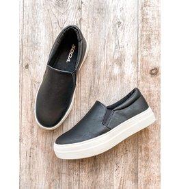 The Clive Slip On Sneaker - Black