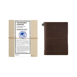 Traveler's Traveler's Notebook Passport Size Brown