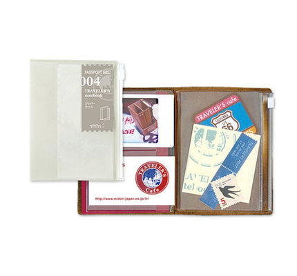 Traveler's Traveler's Notebook #004 Passport Refill Zipper Case