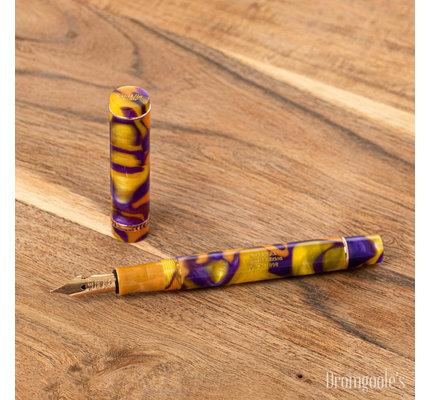 Conklin Conklin Limited Edition Duraflex Endless Summer Fountain Pen