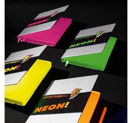 Leuchtturm1917 Leuchtturm1917 Medium Neon Hardcover Notebook Dotted (A5)