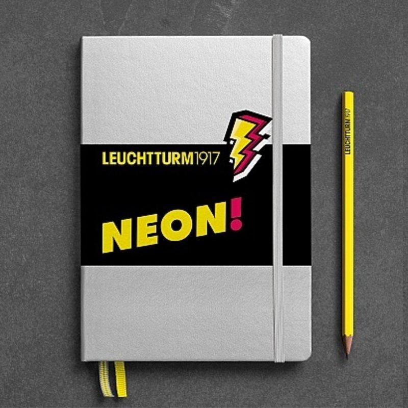 Leuchtturm1917 Leuchtturm1917 Medium Neon Hardcover Notebook Dotted (A5)