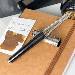 S. T. Dupont Pre-Owned S. T. Dupont Conquest of the Wild West Limited Edition Fountain Pen