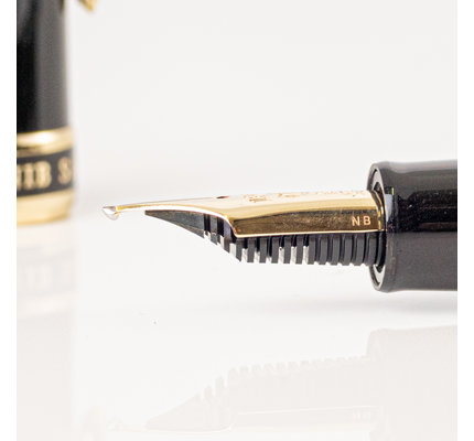Sailor Sailor Bespoke 1911 Large Naginata Togi Special Nib with Gold Trim Fountain Pen
