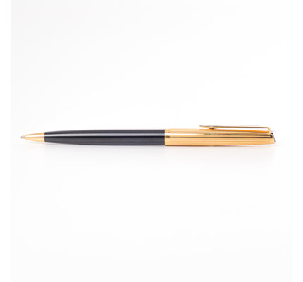 Aurora Pre-Owned Aurora Doue Black and Gold Ballpoint