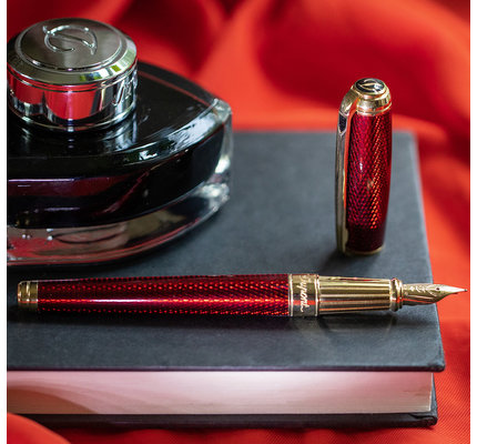 S. T. Dupont S. T. Dupont Line D Large Diamond Guilloche Ruby Fountain Pen