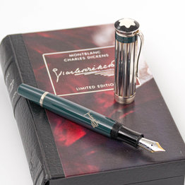 Montblanc Pre-Owned Montblanc Limited Edition Writer's Series Charles Dickens Fountain Pen 2001