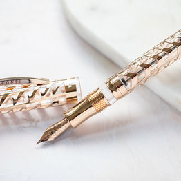 Visconti Visconti Special Edition Watermark Clear Rose Fountain Pen